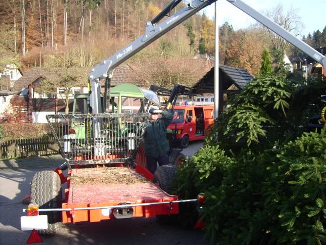 Wann Weihnachtsbaum Aufstellen.Weihnachtsbaum Aufstellen In Mühlenberg 22 11 2014 Www Feuerwehr